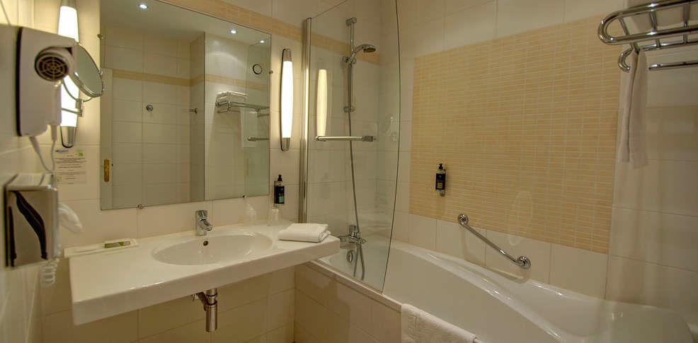 Najeti Hôtel Château Tilques **** - Salle de bain