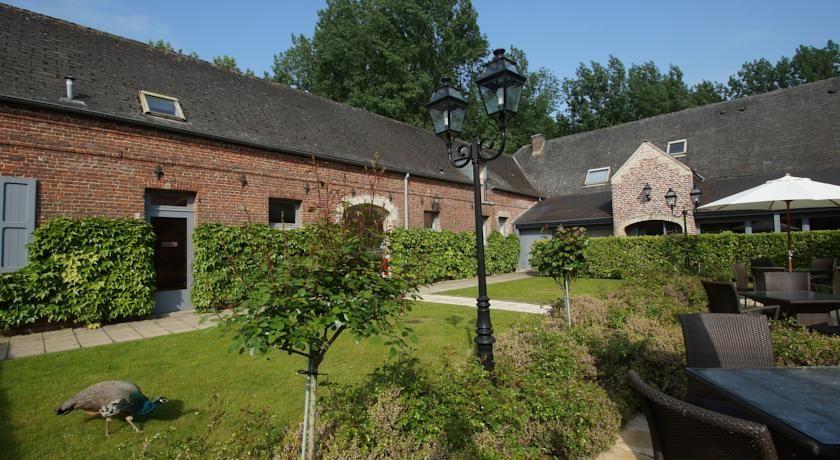 Najeti Hôtel Château Tilques **** - Parc