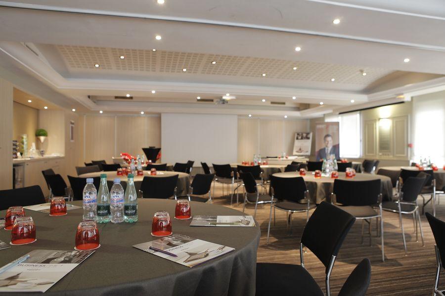 MERCURE Lyon Centre Saxe Lafayette  - Salle de réunion