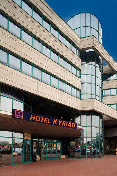 Kyriad Massy - Façade