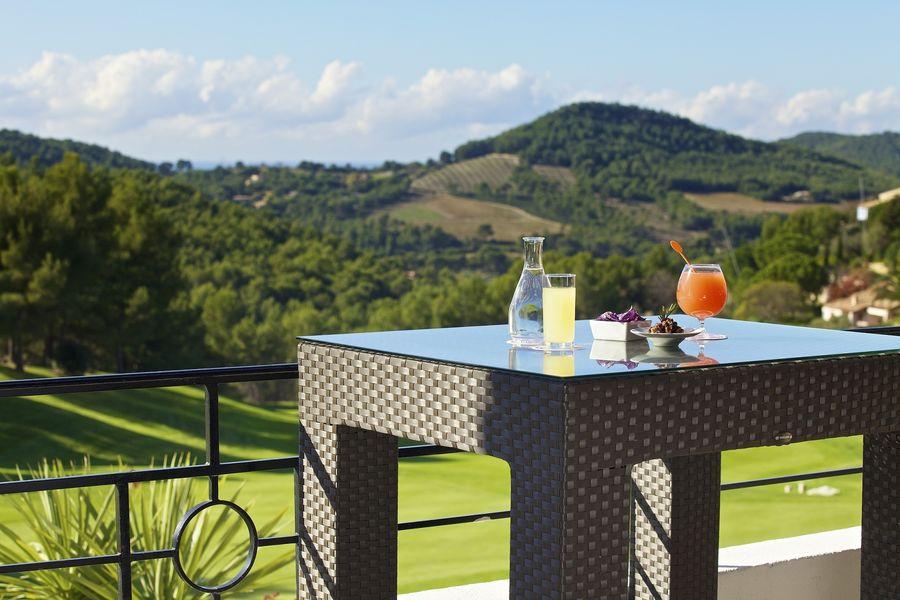 Dolce Fregate Provence - Vue de la terrasse