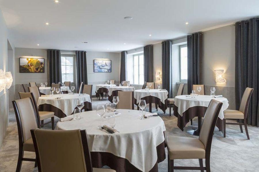 Auberge de Clochemerle - Salle de restaurant 2
