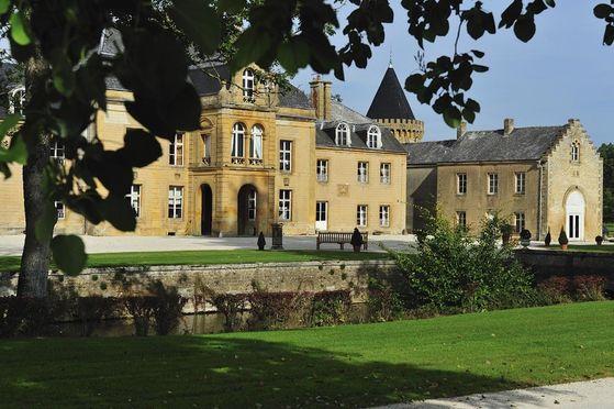 Façade du château donnant sur la Cour d'Honneur