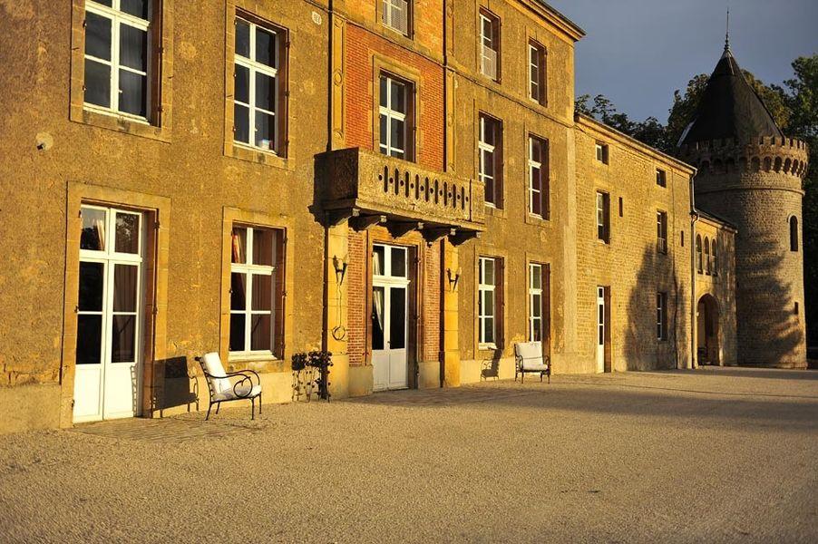 Domaine Château du Faucon - Extérieur 2