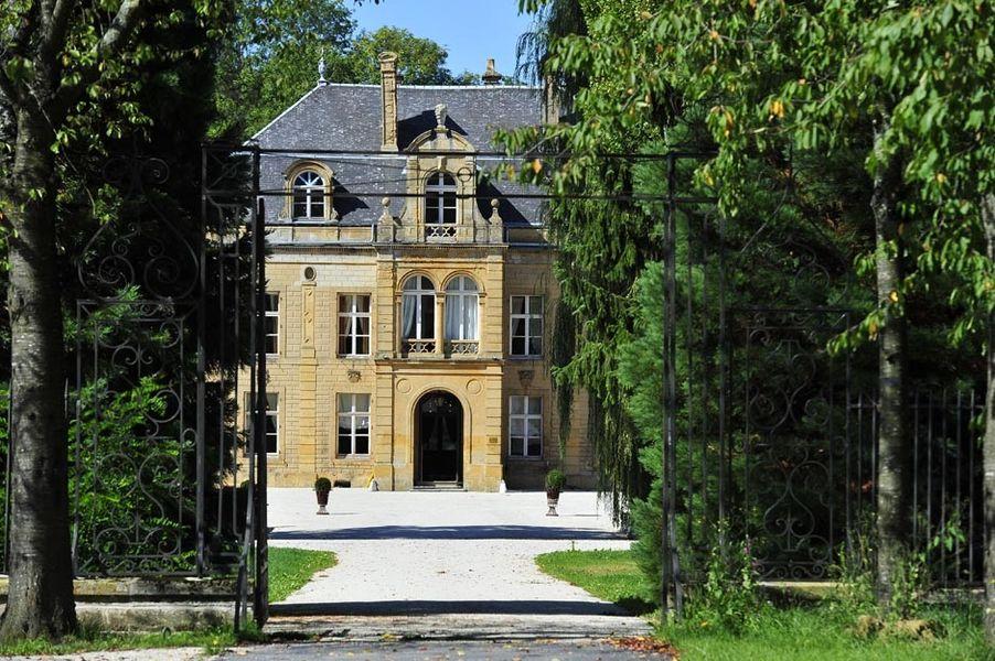 Domaine Château du Faucon - Façade