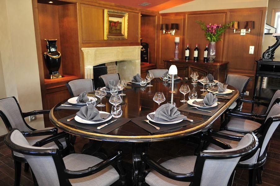 Domaine Château du Faucon - Salle de restaurant