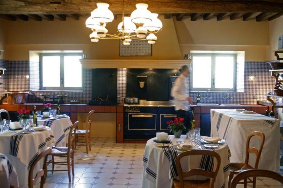 Le Mas de Peint - Salle de restaurant