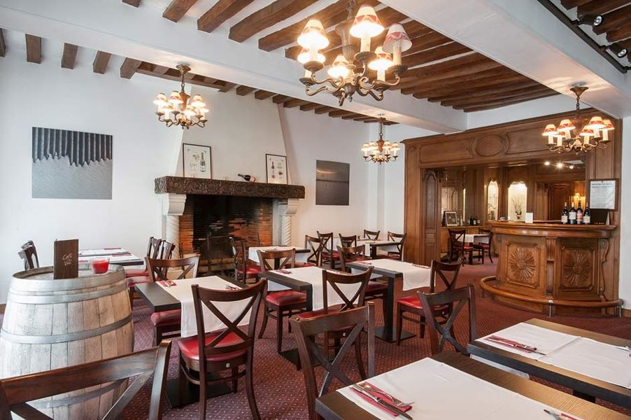 Hostellerie de la Poste - Salle de restaurant 4