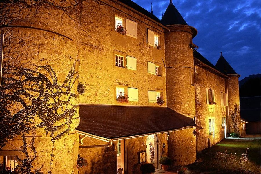 Château des Comtes de Challes - Façade 1