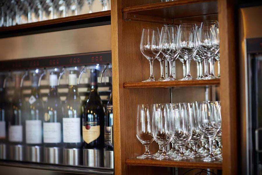 Le Montrachet - Bar
