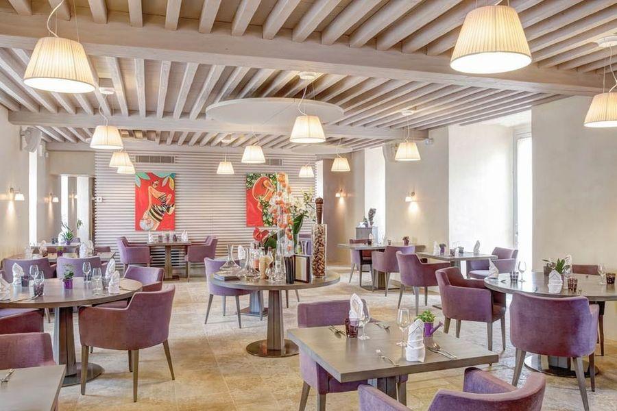 Le Château du Bost - Salle de restaurant 4