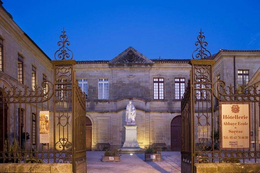 L'Hôtel Abbaye Ecole de Sorèze - Entrée