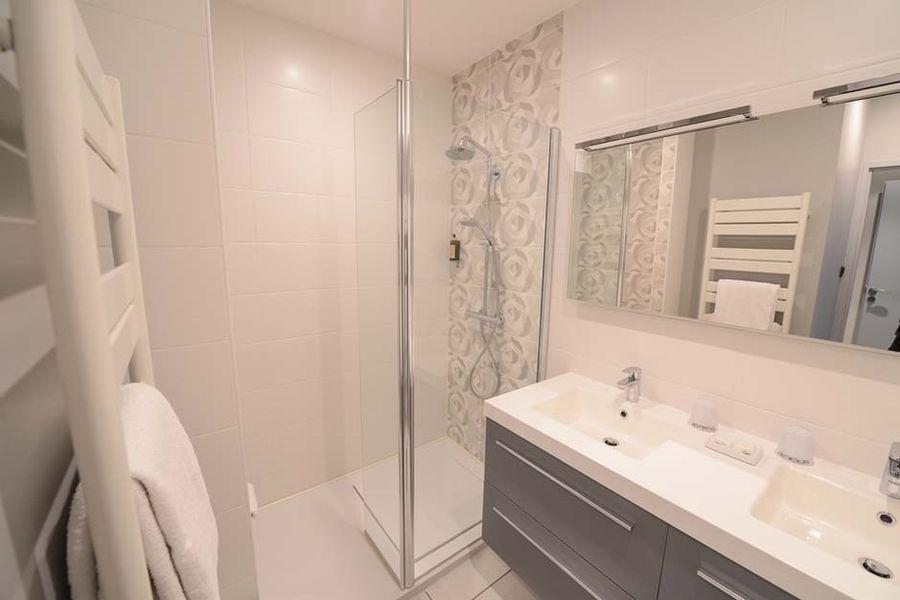 Les Maritonnes Parc & Vignoble - Salle de bain