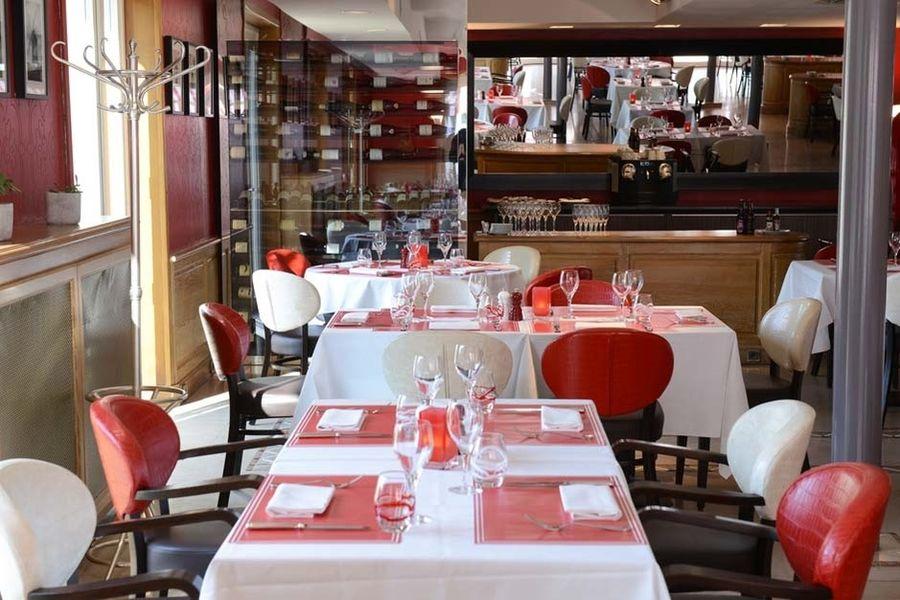 Les Maritonnes Parc & Vignoble - Salle de restaurant 7
