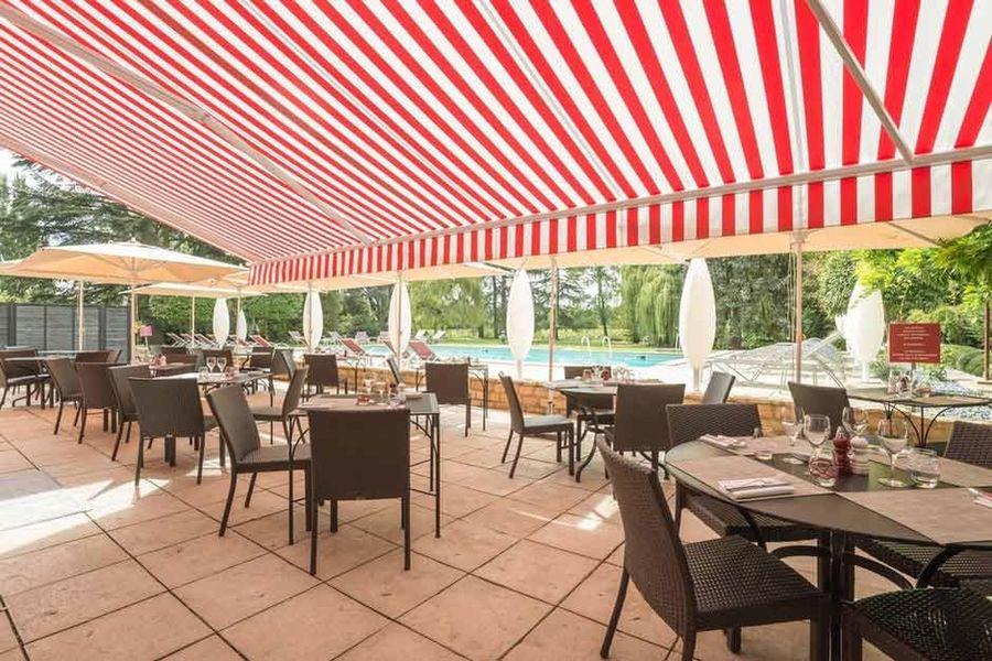 Les Maritonnes Parc & Vignoble - Terrasse 2