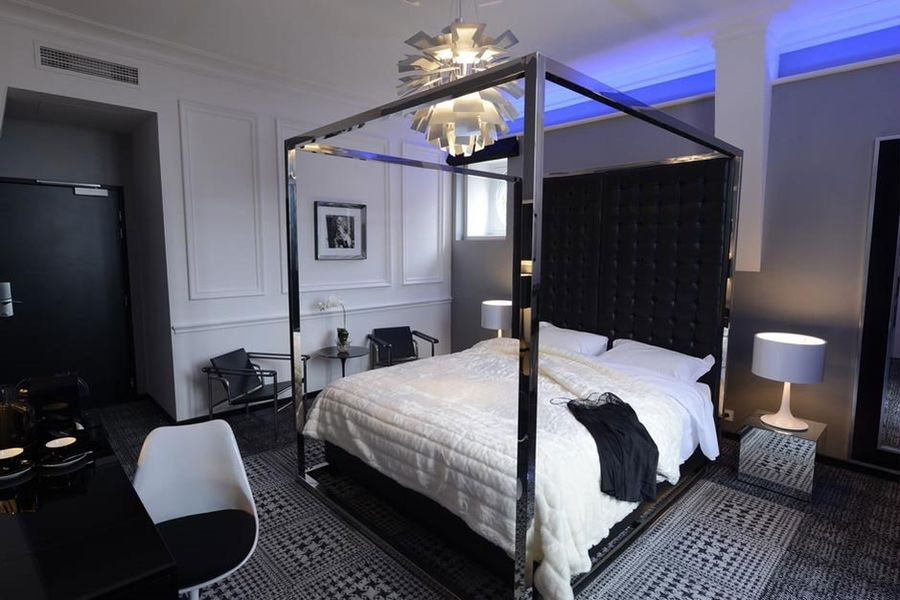 Art Hotel - Chambre 10