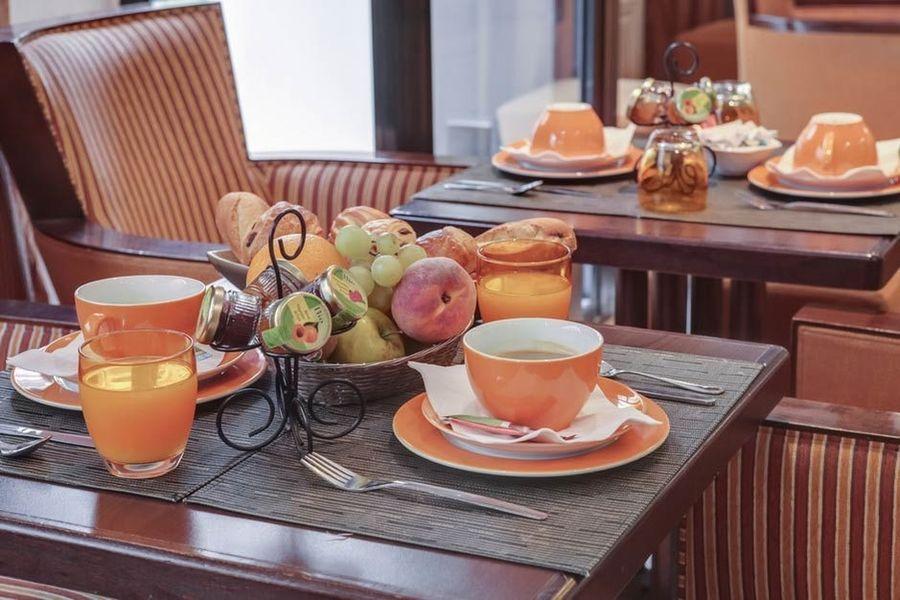 Hôtel Vaneau Saint Germain - Salle petit déjeuner