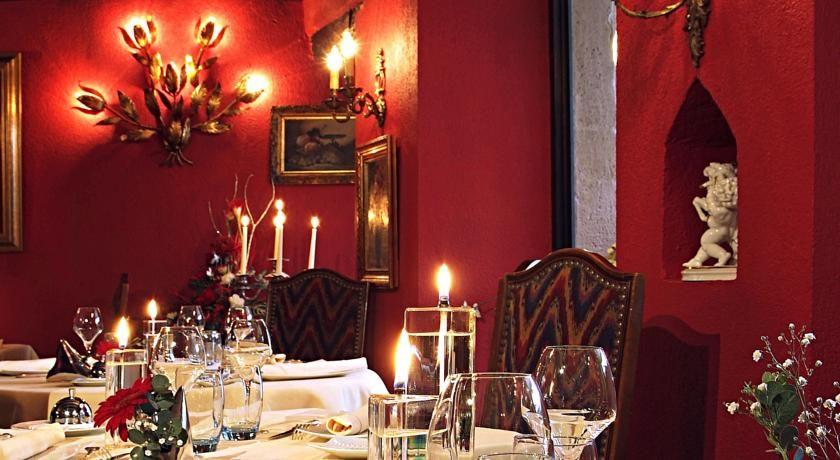 Hostellerie Le Marechal - Salle de restaurant