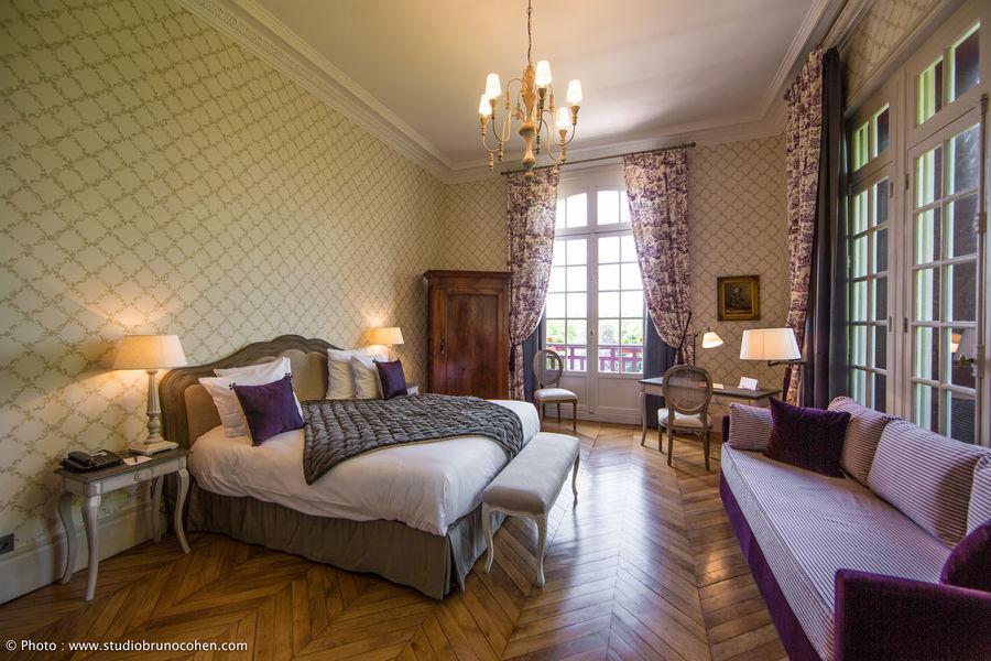 chateau_de_la_tour_chambre_1