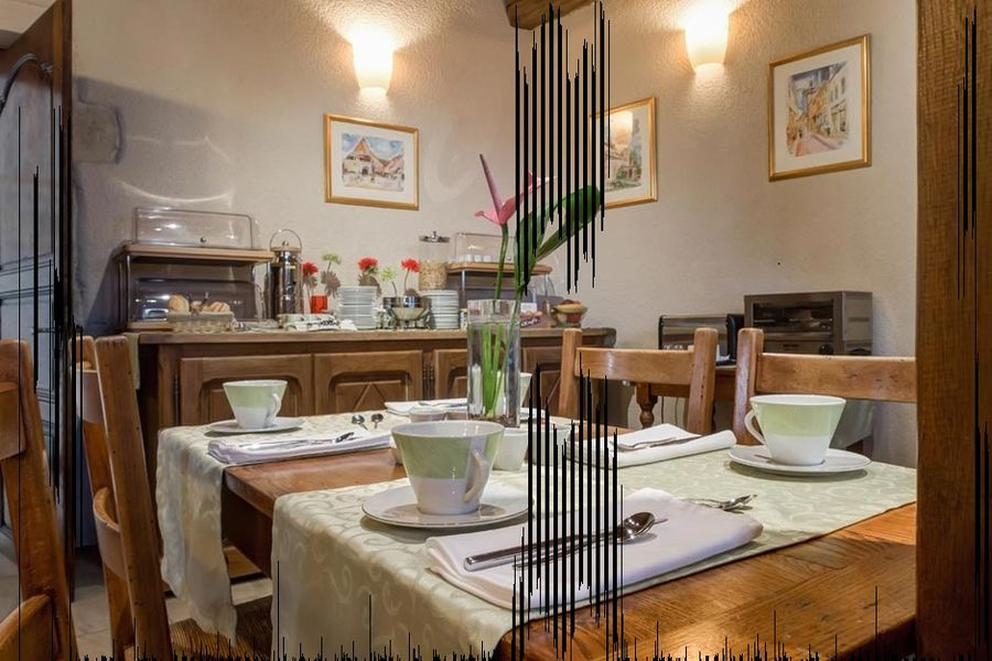 Hôtel Wilson - Salle petit déjeuner 2