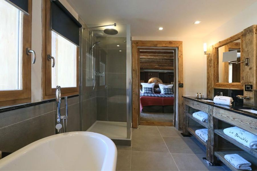 Hotel Restaurant La Bouitte - Salle de bain 2