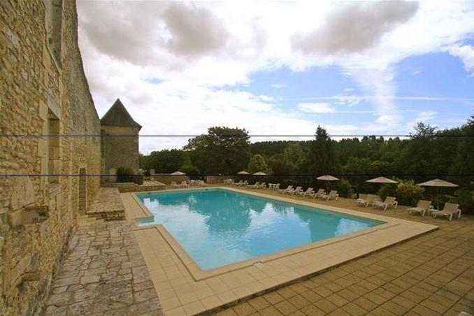 Château de Périgny - Piscine