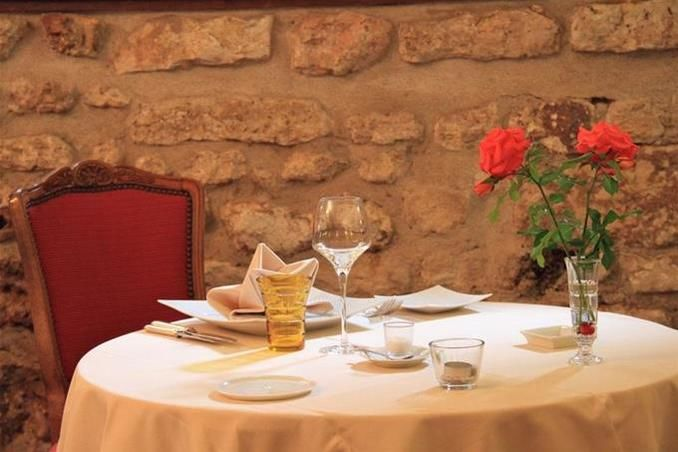 Château de Périgny - Restaurant 1