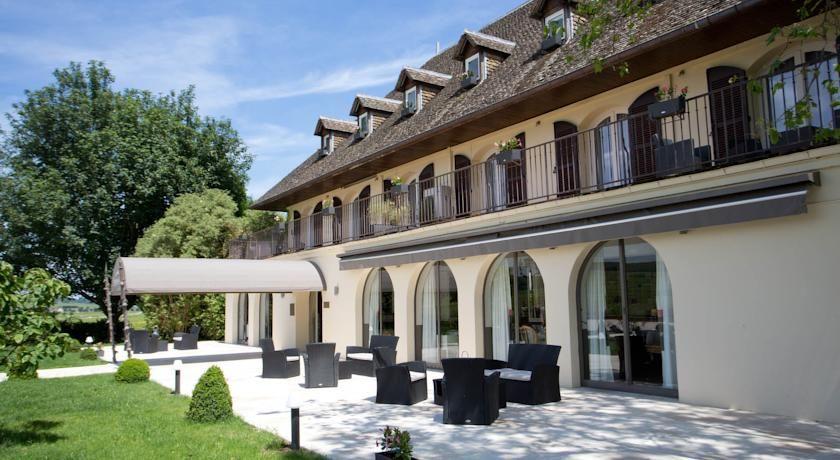 Ermitage de Corton - Façade 2