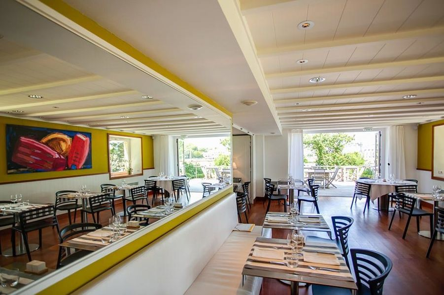 Villa Tri Men - Salle restaurant 2