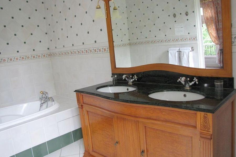L'Hostellerie du Château les Muids - Salle de bain