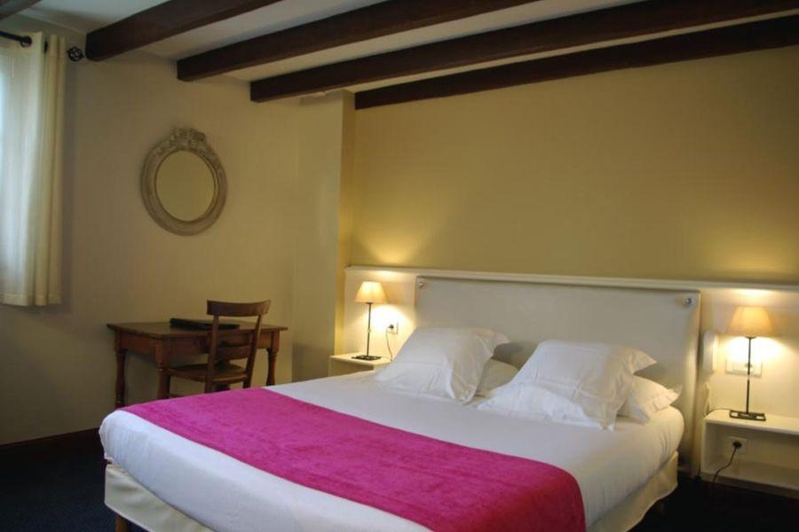 Hôtel Ithurria - Chambre 2