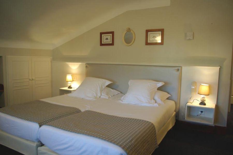Hôtel Ithurria - Chambre 3