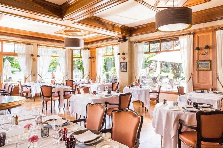 Hôtel Cottage Bise - Salle de restaurant 2