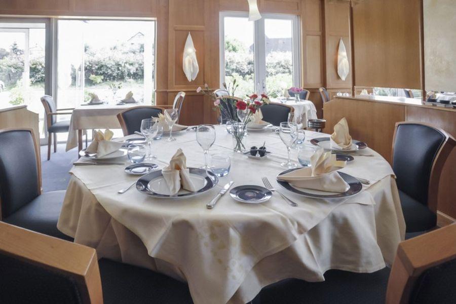 Alysson Hôtel - Salle de restaurant