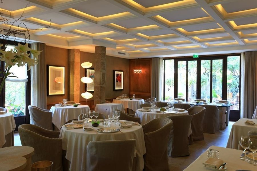 Michel Chabran - Salle de restaurant 4
