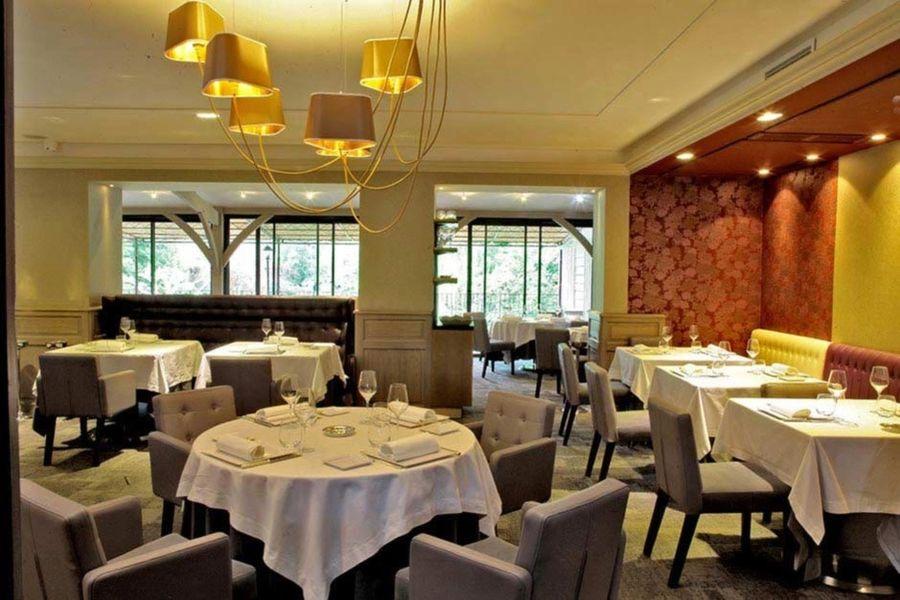 Hôtel Les Glycines & Spa - Salle de restaurant 2