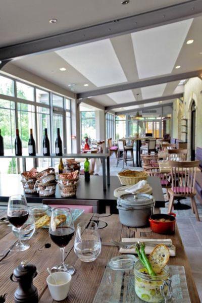 Hôtel Les Glycines & Spa - Salle de restaurant 4