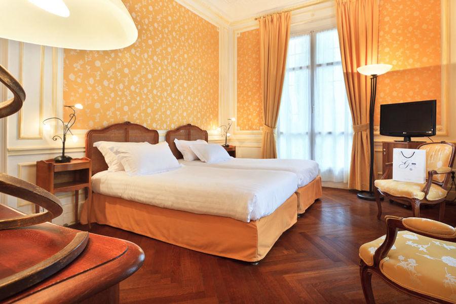 Hôtel Gounod - Chambre