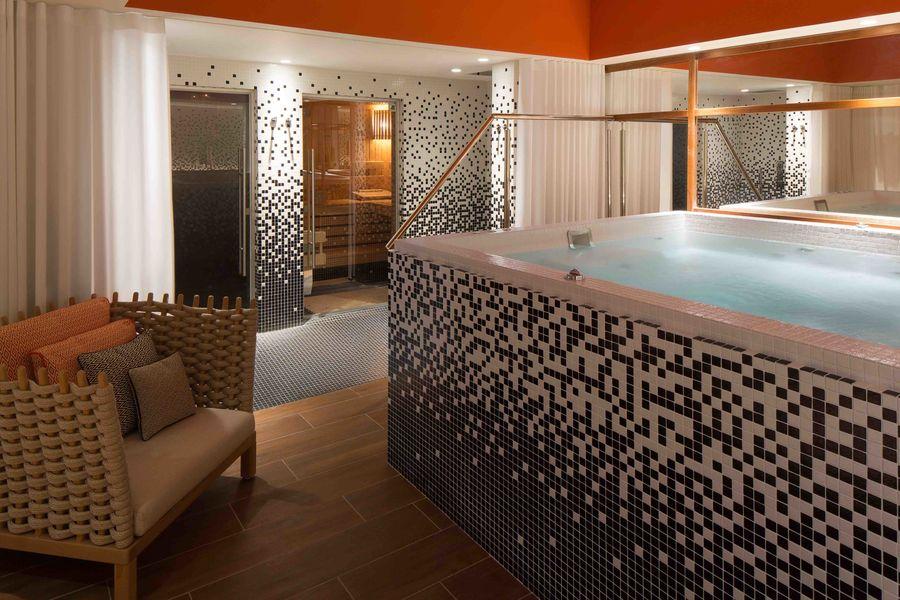 Renaissance Paris République Hotel ***** - Spa
