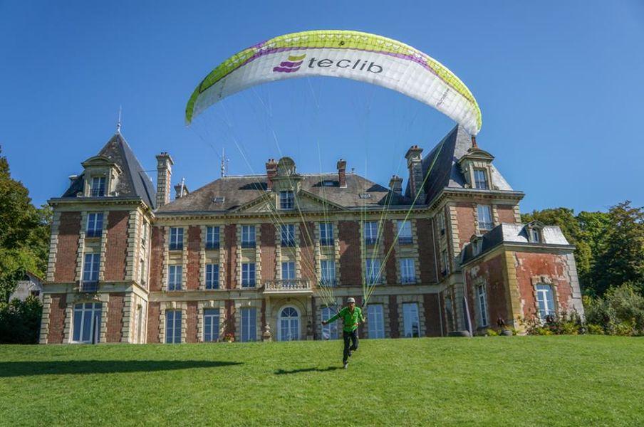 Château de la Bûcherie - Parachutte