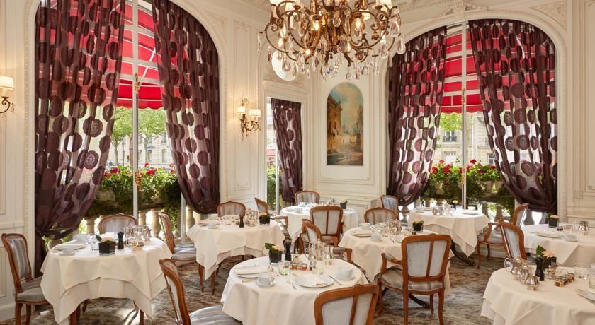 Raphael Hotel Paris 12