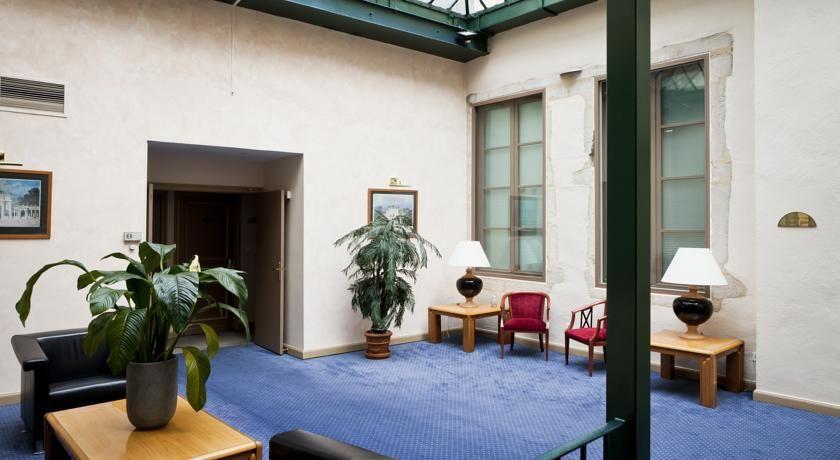 Hôtel Phenix  4