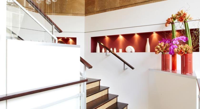 Kyriad Prestige Paris Ouest Boulogne Hôtel 9