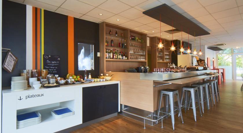 Hôtel Kyriad Paris Ouest Colombes *** 17