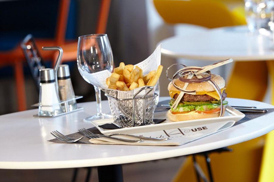 Hôtel Kyriad Paris Ouest Colombes - Proposition culinaire