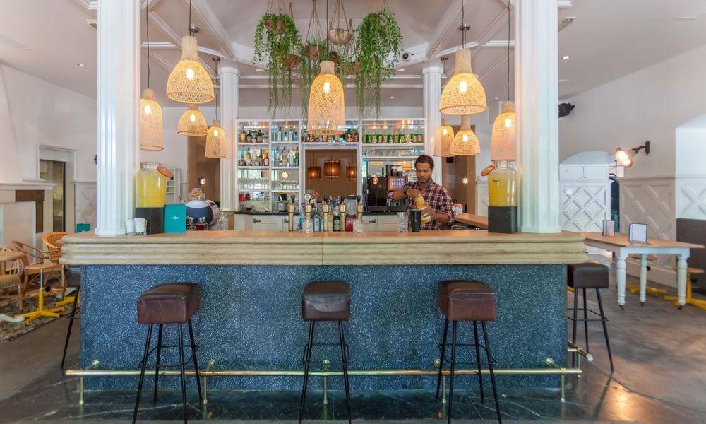 Auteuil Brasserie - Bar