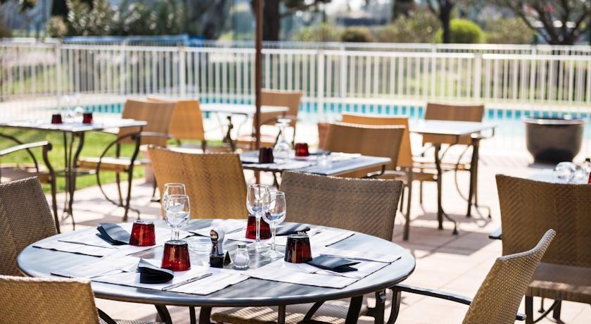 Best Western Hôtel Le Paradou Avignon Sud *** 3