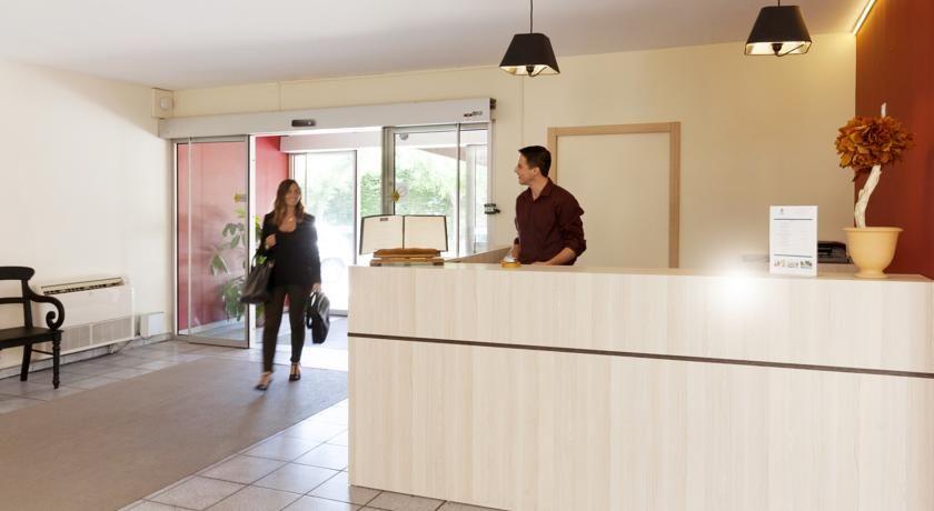 Best Western Hôtel Le Paradou Avignon Sud *** 13