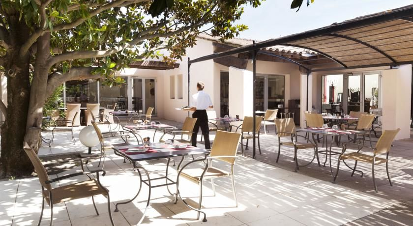 Best Western Hôtel Le Paradou Avignon Sud *** 14