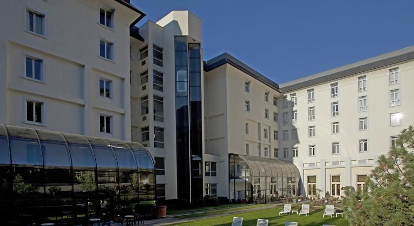 Mercure Brides-les-Bains Grand Hôtel des Thermes **** 16